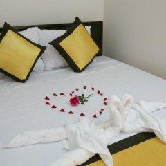 Отель Snow Pearl Homestay Hoi An Хойан сейф в номере
