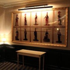 Отель Saint Cyr Etoile Париж интерьер отеля
