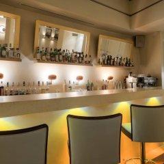 O&B Athens Boutique Hotel гостиничный бар