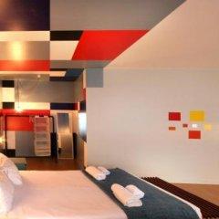 Отель Un-Almada House - Oporto City Flats Порту гостиничный бар