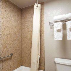 Отель Best Western Center Inn США, Вирджиния-Бич - отзывы, цены и фото номеров - забронировать отель Best Western Center Inn онлайн ванная