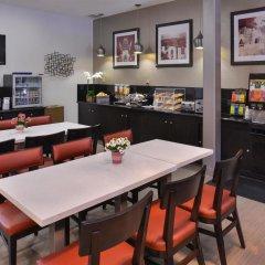 Отель Best Western Royal Palace Inn & Suites США, Лос-Анджелес - отзывы, цены и фото номеров - забронировать отель Best Western Royal Palace Inn & Suites онлайн питание фото 2
