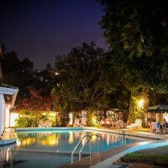 Отель Hilltop бассейн фото 3