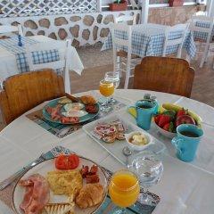 Отель Laza Beach Inn Греция, Агистри - отзывы, цены и фото номеров - забронировать отель Laza Beach Inn онлайн питание фото 2