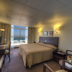 Отель Ajman Beach Аджман комната для гостей