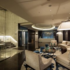 Hilton Istanbul Bomonti Hotel & Conference Center фитнесс-зал фото 2