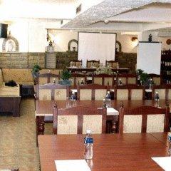 Отель Hilez Болгария, Трявна - отзывы, цены и фото номеров - забронировать отель Hilez онлайн помещение для мероприятий фото 2