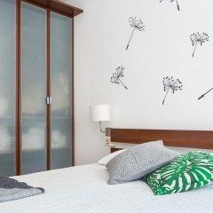 Отель Casa Cosi - Creu Coberta Барселона комната для гостей фото 2