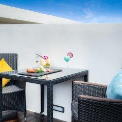 Отель Twin Sands Resort and Spa A204 балкон