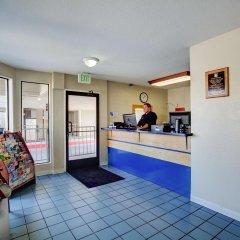 Отель Good Nite Inn Sylmar США, Лос-Анджелес - отзывы, цены и фото номеров - забронировать отель Good Nite Inn Sylmar онлайн интерьер отеля фото 3
