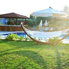 Hotel Asiyan бассейн
