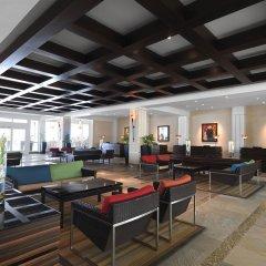 Отель Hilton Rose Hall Resort & Spa - All Inclusive Ямайка, Монтего-Бей - отзывы, цены и фото номеров - забронировать отель Hilton Rose Hall Resort & Spa - All Inclusive онлайн интерьер отеля