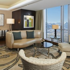 Отель The Ritz-Carlton, Almaty Алматы комната для гостей фото 2