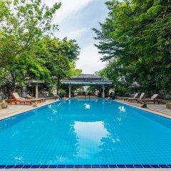 Отель Royal River Park Бангкок бассейн