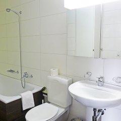Отель Chesa Ludains 8 - One Bedroom Швейцария, Санкт-Мориц - отзывы, цены и фото номеров - забронировать отель Chesa Ludains 8 - One Bedroom онлайн комната для гостей фото 4