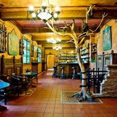 Отель Kampa Stara zbrojnice Sivek Hotels Чехия, Прага - 12 отзывов об отеле, цены и фото номеров - забронировать отель Kampa Stara zbrojnice Sivek Hotels онлайн гостиничный бар