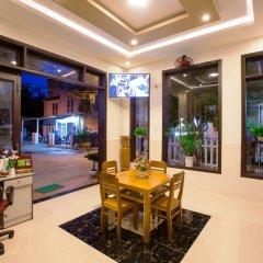 Отель Quynh Chau Homestay Вьетнам, Хойан - отзывы, цены и фото номеров - забронировать отель Quynh Chau Homestay онлайн интерьер отеля