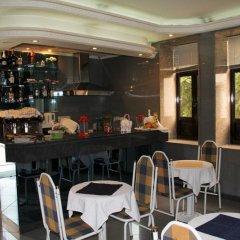 Отель Portucalense гостиничный бар