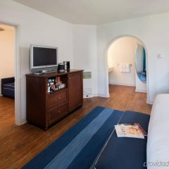 Отель Milo Santa Barbara удобства в номере