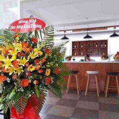 Maple Leaf Hotel & Apartment Нячанг гостиничный бар