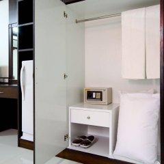 Отель The Panwa Guesthouse сейф в номере