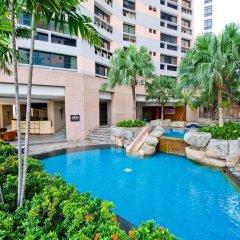 Отель President Park - Ebony Towers - unit 11A Бангкок бассейн