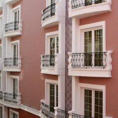 Maywood Hotel балкон