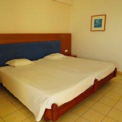 Отель Alfamar Beach & Sport Resort сейф в номере