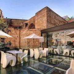 Отель Olivia Plaza Барселона бассейн
