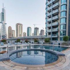 Отель HiGuests Vacation Homes - Burj Views Дубай бассейн