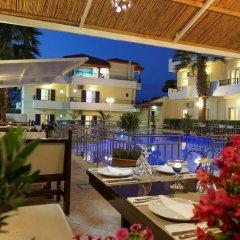 Philoxenia Hotel Apartments бассейн