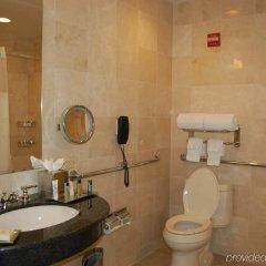 Отель Millenium Hilton США, Нью-Йорк - 1 отзыв об отеле, цены и фото номеров - забронировать отель Millenium Hilton онлайн ванная фото 2