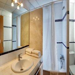 Апартаменты Pins Platja Apartments ванная фото 2