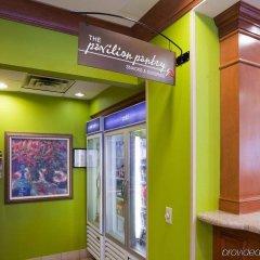 Отель Hilton Garden Inn Bloomington Блумингтон банкомат