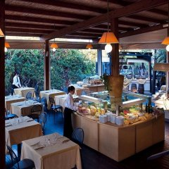 Отель Baia Chia - Chia Laguna Resort Италия, Домус-де-Мария - отзывы, цены и фото номеров - забронировать отель Baia Chia - Chia Laguna Resort онлайн питание