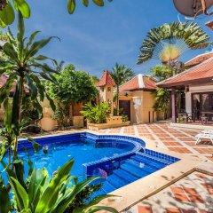 Отель Chateau Dale Villas By Psr Паттайя бассейн