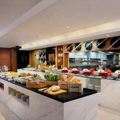 Отель Courtyard By Marriott Бангкок питание фото 2
