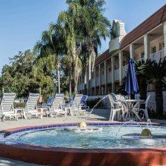 Отель Clarion Inn & Suites Clearwater бассейн фото 2