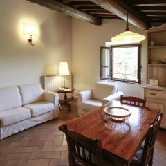 Отель Fattoria Abbazia Monte Oliveto Италия, Сан-Джиминьяно - отзывы, цены и фото номеров - забронировать отель Fattoria Abbazia Monte Oliveto онлайн комната для гостей фото 2