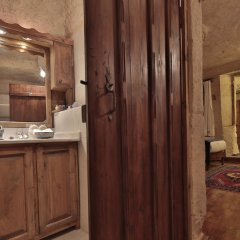 Urgup Evi Cave Hotel Турция, Ургуп - отзывы, цены и фото номеров - забронировать отель Urgup Evi Cave Hotel онлайн ванная фото 2