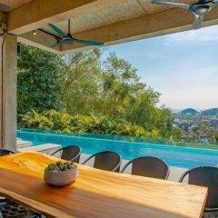 Отель Baan Saint Tropez Villas Kata Beach гостиничный бар