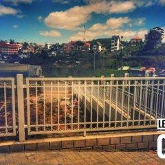 Отель LeuLeu Mountain View Villa & Camping Далат балкон