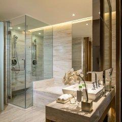 Отель InterContinental Nha Trang Вьетнам, Нячанг - 3 отзыва об отеле, цены и фото номеров - забронировать отель InterContinental Nha Trang онлайн ванная
