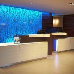 Отель Fairfield Inn & Suites by Marriott Columbus Airport США, Колумбус - отзывы, цены и фото номеров - забронировать отель Fairfield Inn & Suites by Marriott Columbus Airport онлайн интерьер отеля