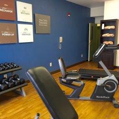 Отель Comfort Suites Tulare фитнесс-зал фото 3