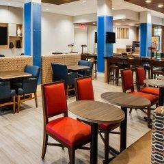 Holiday Inn Express Hotel & Suites Jasper интерьер отеля