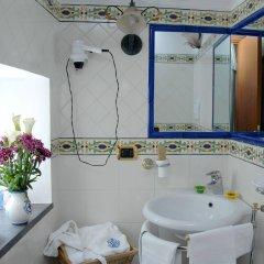 Отель Antica Repubblica Amalfi ванная фото 2