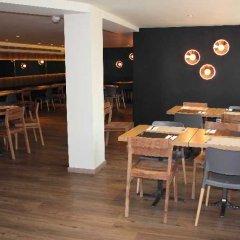 Отель Hostal Dos Rios Испания, Аинса - отзывы, цены и фото номеров - забронировать отель Hostal Dos Rios онлайн гостиничный бар