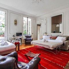 Отель Guest Trotter Buci комната для гостей