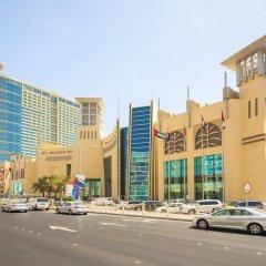 Отель Grand Millennium Al Wahda парковка